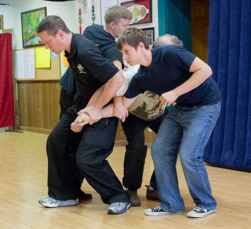 Sigung Clear demonstrates some of the nuances of tangling up multiple opponents at the 2014 Baguazhang workshop